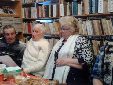 поём гимн пенсионеров_1